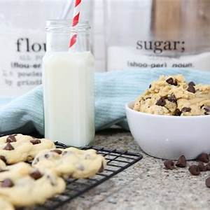 soft-chewy-chocolate-chip-cookies-the-idea-room image