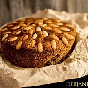 traditional-scottish-dundee-cake-recipe-dundee-cake image