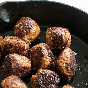 the-best-turkey-meatball-recipe-sugar-and-charm image