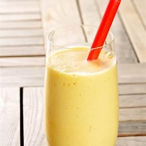 banana-and-mango-smoothie-recipe-by-archanas-kitchen image