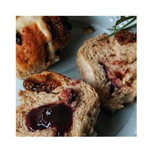 fig-and-cranberry-hot-cross-buns-barkers-new-zealand image