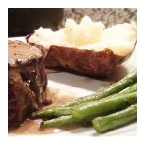 filet-mignon-with-peppercorn-sauce-no-recipe-required image
