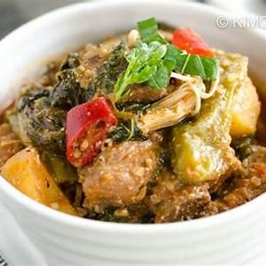 gamjatang-spicy-pork-bone-stew-with-potatoes-kimchimari image
