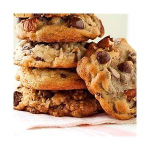 6-best-ever-chocolate-chip-cookie-recipes-midwest-living image