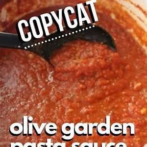 copycat-olive-garden-spaghetti-sauce-chic-n-savvy image