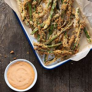 crispy-air-fried-green-bean-fries-with-spicy-dipping-sauce image