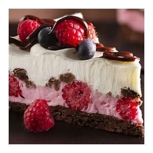 chocolate-and-berries-yogurt-dessert-recipe-pillsburycom image
