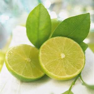 citrus-glazed-scallop-brochettes-ricardo image