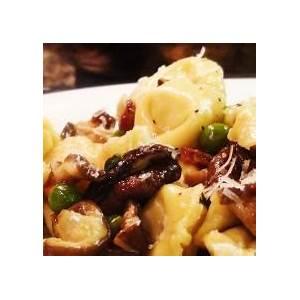 tortellini-with-mushrooms-peas-no image