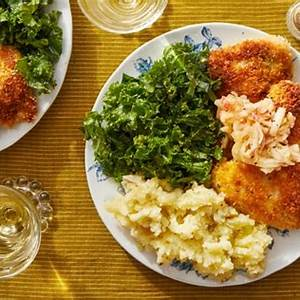 recipe-crispy-chicken-schnitzel-with-mashed-potatoes image