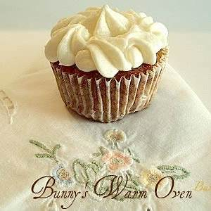 carrot-cake-cupcakes-with-buttermilk-bunnys-warm-oven image