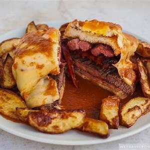 francesinha-portuguese-sandwich image