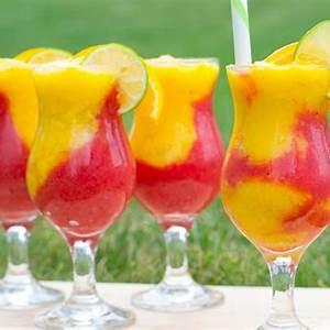 amazing-frozen-strawberry-mango-daiquiri image