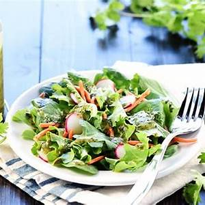 cilantro-lime-dressing-mexican-salad-dressing image