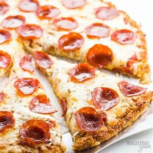low-carb-cauliflower-pizza-crust-recipe-crispy-3 image