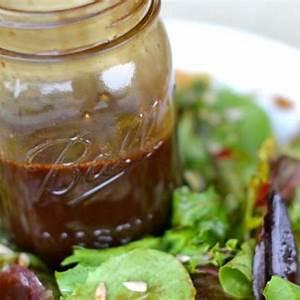 the-perfect-homemade-balsamic-vinaigrette-recipe-its-easy image