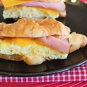 make-ahead-breakfast-sandwiches-jamie-cooks-it-up image