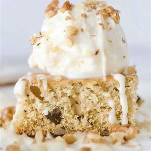 applebees-blondies-with-maple-butter-sauce-the-country image