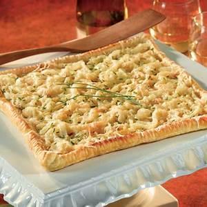 caramelized-onion-tart-puff-pastry image