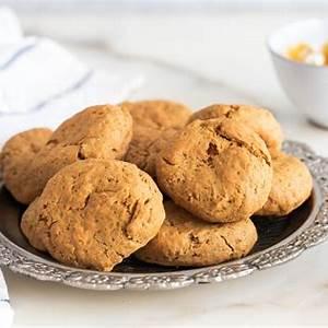 greek-grape-molasses-cookies-moustokouloura image