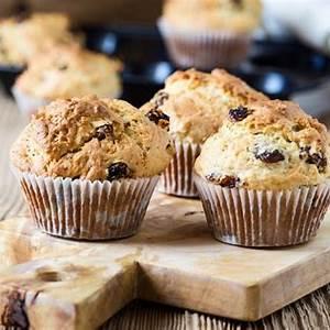 cornmeal-raisin-breakfast-muffins-good-in-every-grain image