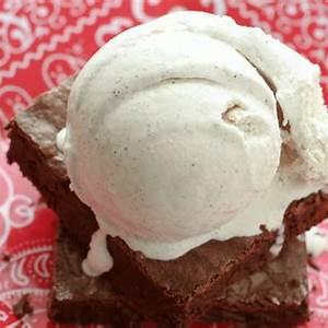 5-minute-cinnamon-ice-cream-philadelphia-style image
