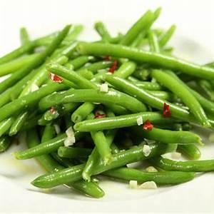 quick-italian-green-beans-recipe-sparkrecipes image