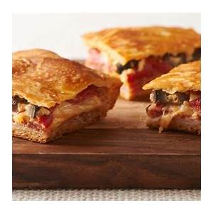 italian-antipasto-squares-recipe-pillsburycom image