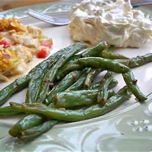 green-beans-sauteed-with-garlic-recipe-recipetipscom image