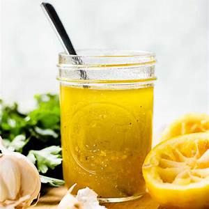 lemon-vinaigrette-recipe-veronikas-kitchen image