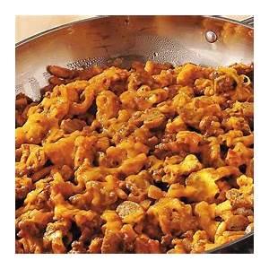 macaroni-and-cheese-goulash-recipe-pillsburycom image