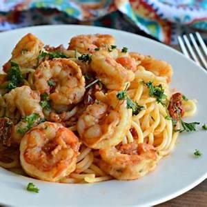 delicious-italian-shrimp-pasta-recipe-my-latina-table image