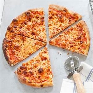thin-crust-pizza-americas-test-kitchen image