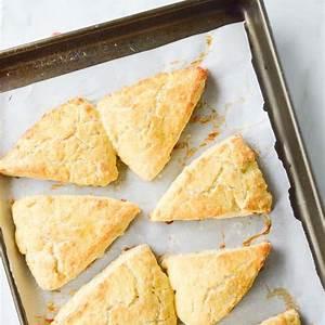 garlic-herb-and-cheddar-scones-sugar-dish-me image