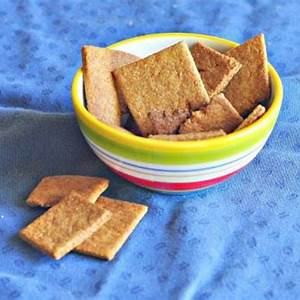 homemade-wheat-thins-recipe-wheat-thins-cultured-palate image