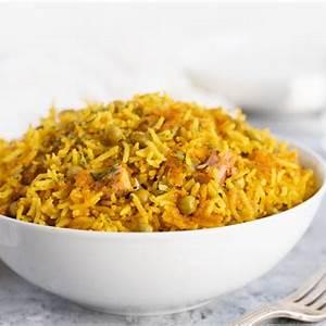puerto-rican-rice-with-pigeon-peas-arroz-con-gandules image