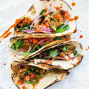 quick-dinner-idea-5-minute-tacos-really-a-couple-cooks image