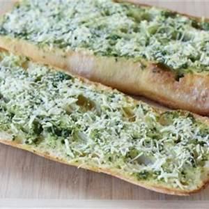basil-butter-garlic-bread-tasty-kitchen-blog image