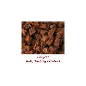 copycat-ruby-tuesday-croutons-lifes-a-tomato image