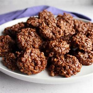 classic-peanut-butter-and-chocolate-no-bake-oatmeal image
