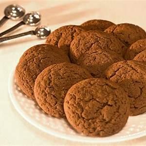 spicy-crispy-gingersnap-cookies-the-heritage-cook image