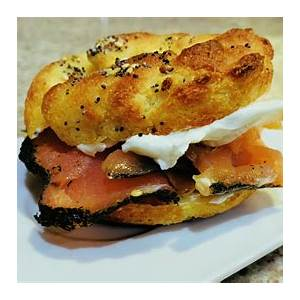 keto-bagels-recipe-with-homemade-everything-bagel image