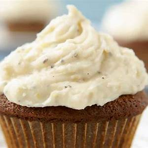 gingerbread-cupcakes-recipe-leites-culinaria image