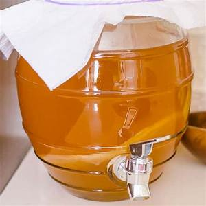 how-to-make-kombucha-tea-easy-recipe-for-beginners image