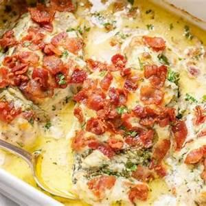 chicken-alfredo-casserole-recipe-with-spinach image
