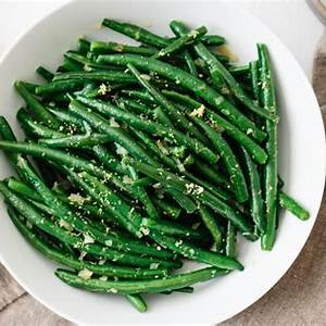 green-beans-with-shallots-and-lemon-downshiftology image
