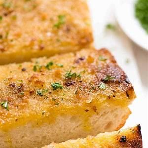 grilled-garlic-bread-recipetin-eats image