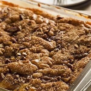 easy-bisquick-coffee-cake-recipe-misshomemadecom image