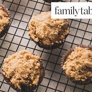 apple-streusel-muffins image