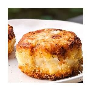 quick-and-easy-nova-scotia-fish-cakes-recipe-bacon image